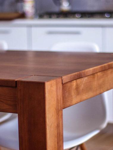 Деревянный стол Севастополь